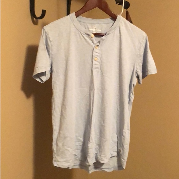 American Eagle Outfitters Other - Men's lightweight Henley tee. Like new.